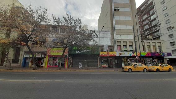 Local Alquiler Av. Velez Sarsfield / Centro / 358 M2
