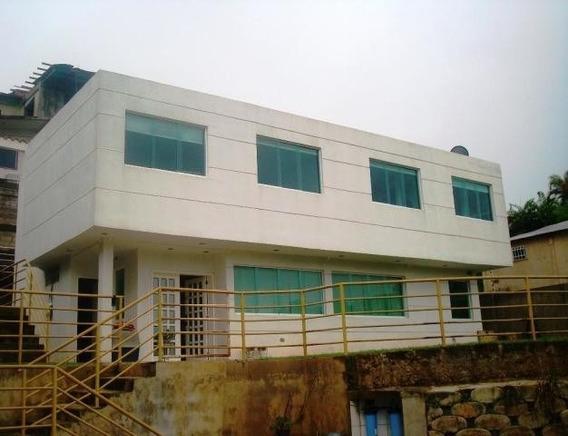 Casa Lomas Del Halcon Mls#20-341