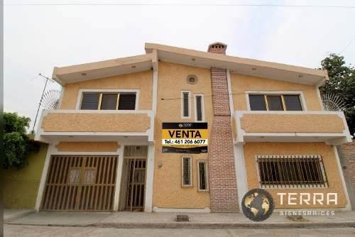 Venta Casa De 2 Plantas Centro Empalme Escobedo Gto.