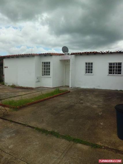 Casas En Venta. La Estancia. Tipuro