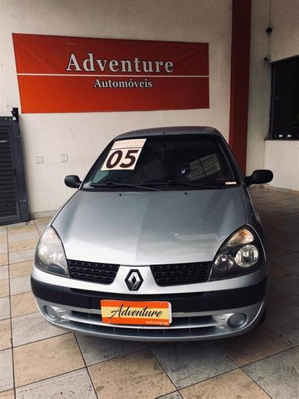 Renault Clio Sedan Authentique 1.6 2005