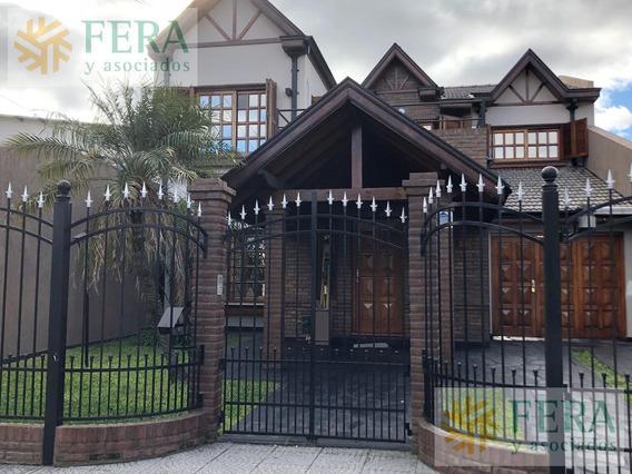 Venta De Casa 5 Ambientes En Wilde Con Fondo Libre Y Piscina ( 24486)