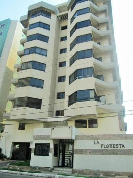 Mariaestela Boada Vende Apartamento Lecheria 19-6178