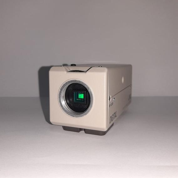 Câmera Profissional Jvc Tk-c750u