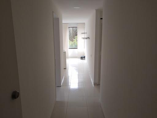 Apartamento En Arriendo Laureles 622-13223