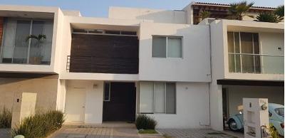 Renta Casa Residencial El Refugio $11,000