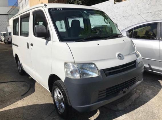 Toyota Hiace Limited