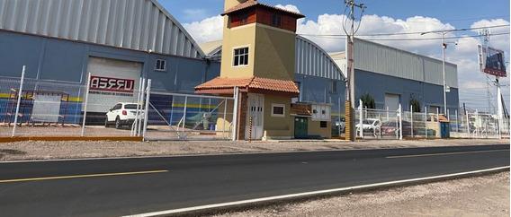 Bodega Industrial En Renta.