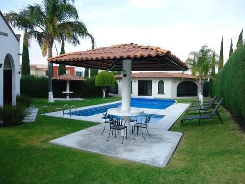 Renta Casa En Privada Centro Sur 3 Recamaras Colegio Cerca