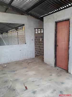 Galpón En Venta 328 M2 Municipio Valencia Sector Santa Rosa