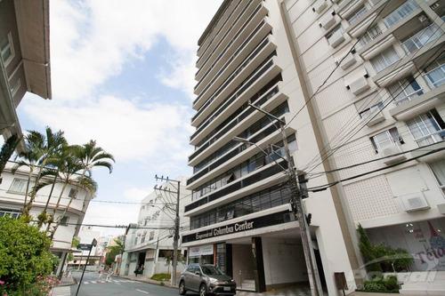 Sala Comercial Localizada No Bairro Centro Com Aproximadamente 45,00 M² Com Divisórias Formando 2 Ambientes, 01 Banheiro E Demais Dependências.  - 3573521l