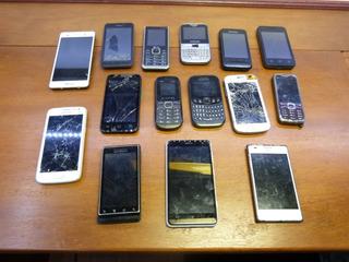 Smartfone Celular Com Defeito Para Retirar Peças Lote