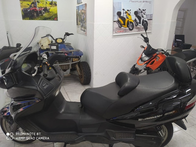 Suzuki Burgman 650cc Executive