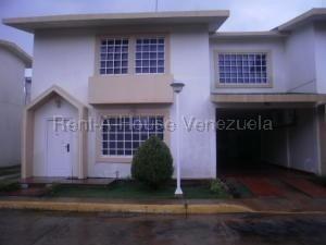Town En Venta Av. Goajira Sumy Hernandez 04141657555
