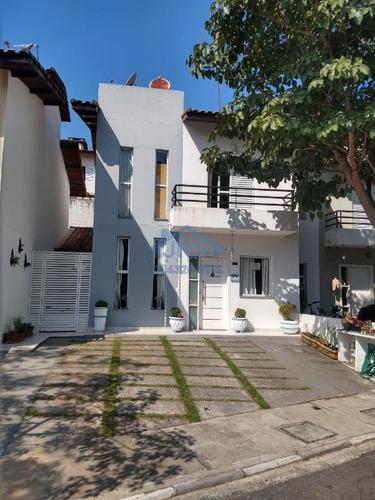 Sobrado Com 3 Dormitórios À Venda, 180 M² Por R$ 586.000,00 - New Village - Cotia/sp - So1638