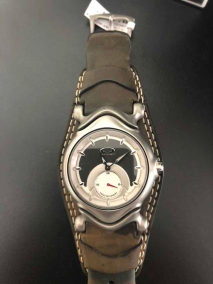 Relógio Oakley Original, Produto Com Etiqueta, De Vitrine