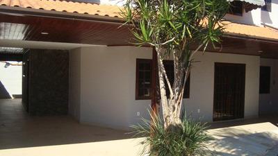 Casa Em Barroco (itaipuaçu), Maricá/rj De 300m² 3 Quartos À Venda Por R$ 670.000,00 - Ca215350