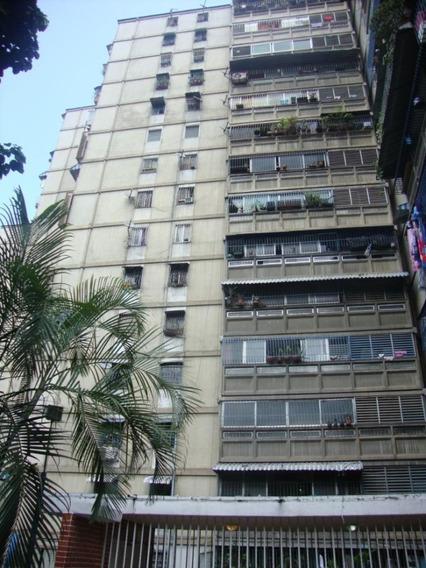 Jg 20-12576 Apartamento En Venta El Valle