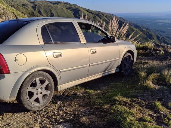 Chevrolet Astra 2.0 Gl 2005 C/ Gnc