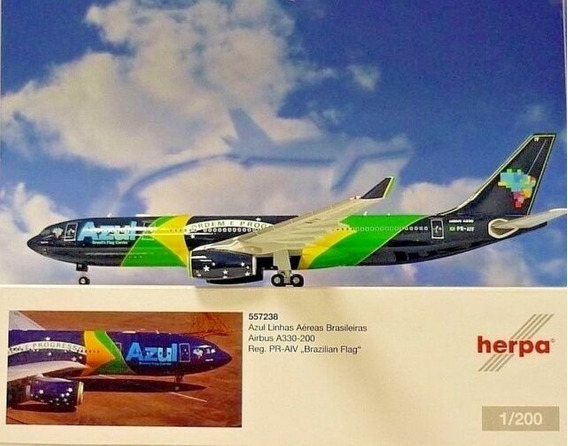 Airbus 330-200 Azul Bandeira Brasileira 1/200 Herpa