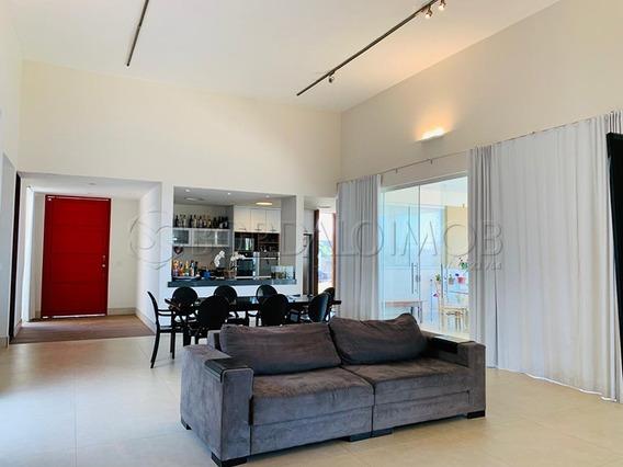 Excelente Casa Em Uma Das Melhores Quadra Do Park Way, Com 370m², 4 Quartos. 4 Suítes, 4 Vagas, Com Habite-se E Aceita Permuta. - Villa119220