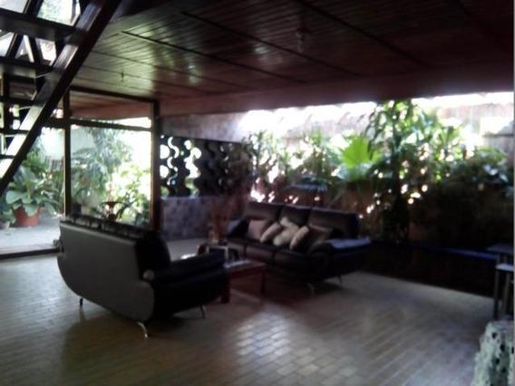 Casa En Venta Barquisimeto Nueva Segovia 20-137 Jg