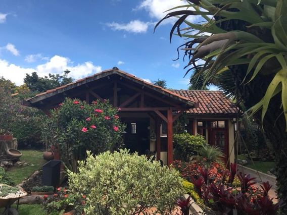 Casas En Venta La Calleja 503-3996