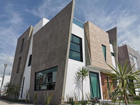 Casa Residencial Nueva En Valle Del Sol 2da Sección 222 M2