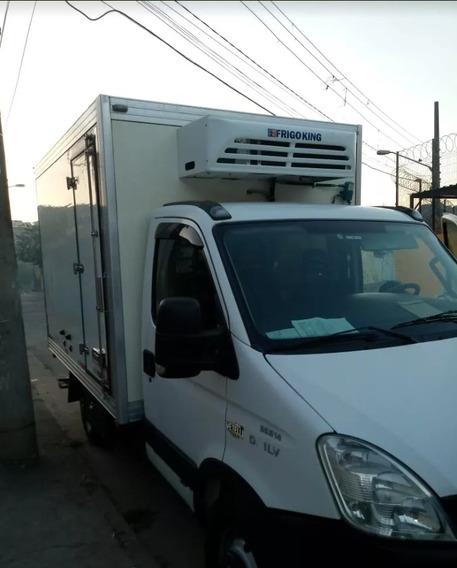 Iveco Daily 35 Bau Refrigerado - 18graus