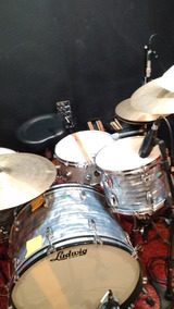 Ludwig Classic Maple Shell Pack, Blue Oyster