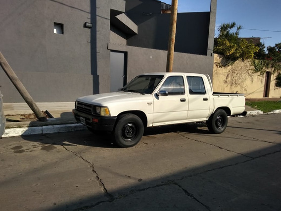 Toyota Hilux 2.8 Cabina Doble 4x2