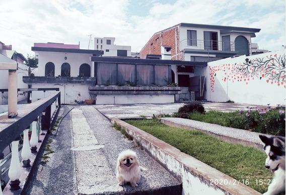Casa Amplia En Zona De Seguridad Latacunga
