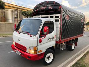 Camión Hyundai Hd 65 Motor 3.2 C.c 2006. Carrocería 4.30 Mt