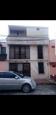 Casa Pereira 3 Pisos