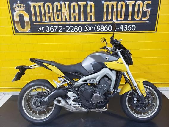 Yamaha Mt 09 - 2015 - Cinza - Km 17 000