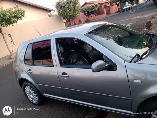 Imagem 1 de 8 de Volkswagen Golf 2003 1.6 Generation 5p