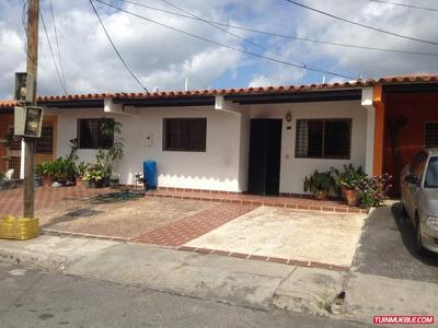 Casas En Venta Villas Santa Lucía 23000$