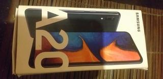Celular Samsung A20 32gb.