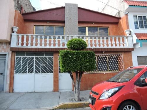 Se Vende Casa En Col. Moctezuma 2da Seccion