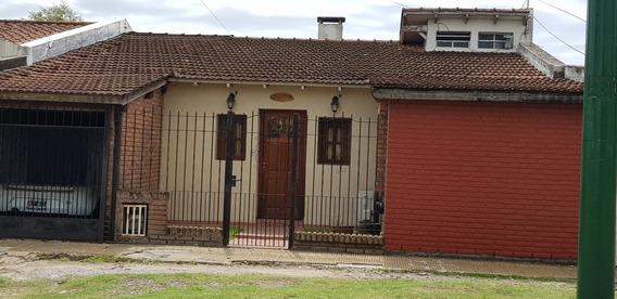 Casa En Venta En Barrio Aeronáutico, Ituzaingó