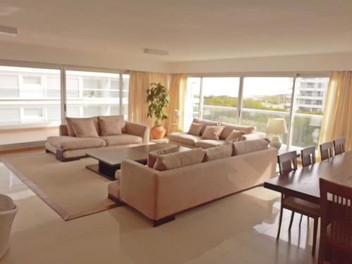 Apartamento En Venta De 3 Dormitorios En Rincón Del Indio
