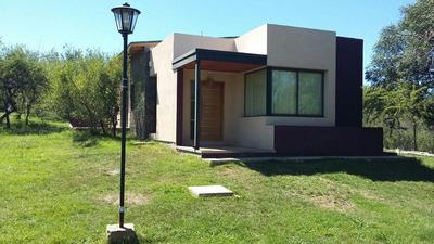 Casa En Venta - Unquillo - Barrio Residencial