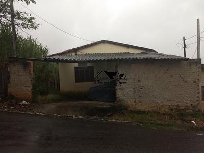 Casa A Venda No Bairro São Dimas Em Guaratinguetá - Sp. - Cs016-1