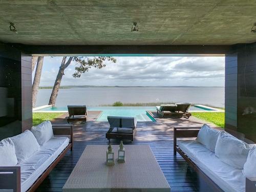 Casa 3 Dormitorios En Laguna Del Sauce, Punta Ballena