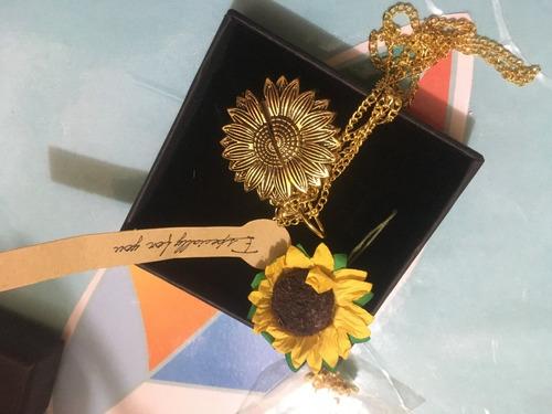 Sunflower Necklace - Collar De Girasol - Gold
