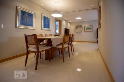 Apartamento No 13º Andar Com 2 Dormitórios E 2 Garagens - Id: 892933247 - 233247