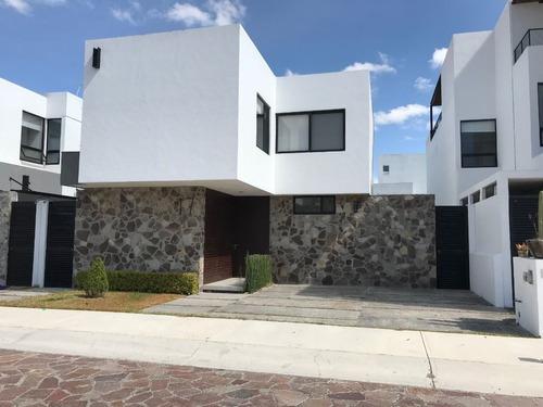 Casa En Renta Cañadas Del Lago