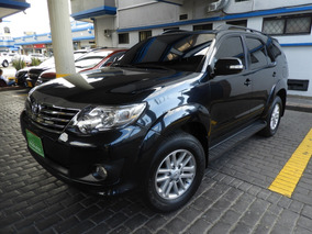 Toyota Fortuner 2.7l At