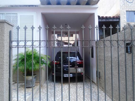Casa Com 3 Quartos Para Comprar No Guarapiranga Em Ponte Nova/mg - 3124