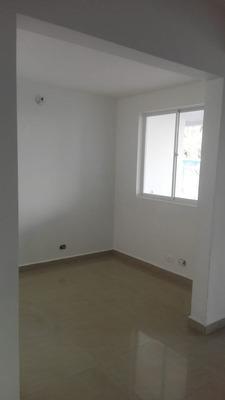 Vende Casa En Conjunto Cerrado En La Castellana